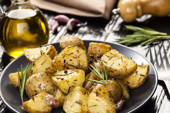baked rosemary potatos